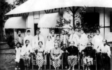 Ibu Mertua Wafat di Pangkuannya
