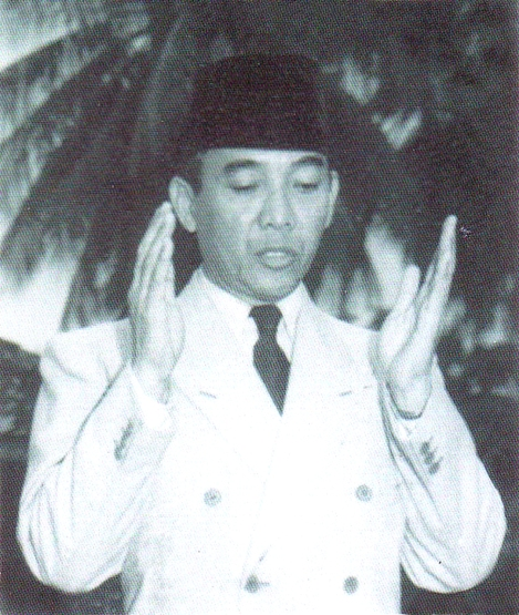 BK berdoa